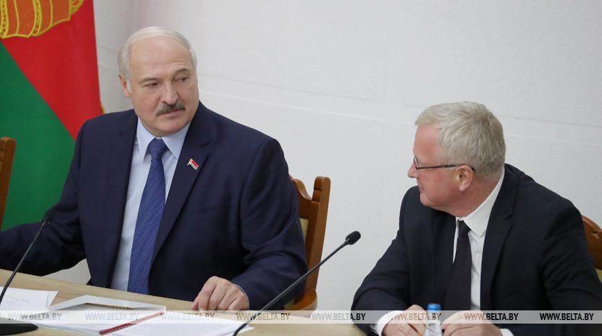 Лукашенко посетил Академию управления при Президенте Беларуси