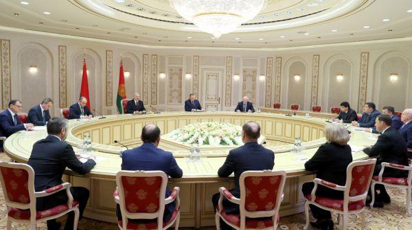 Лукашенко встретился с губернатором Свердловской области