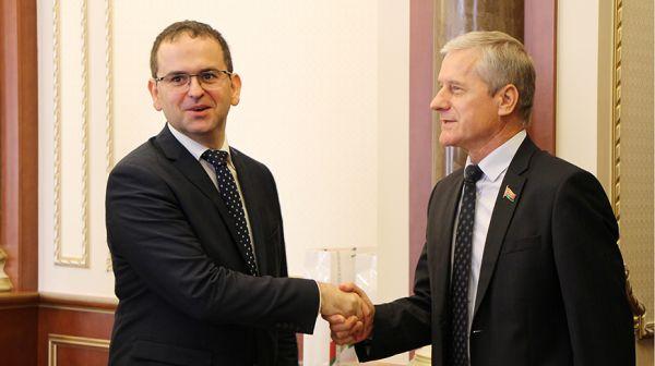 Пирштук встретился со словацкой парламентской делегацией