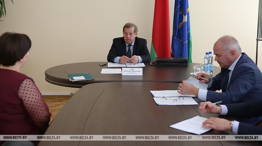 Анатолий Лис провел прием граждан