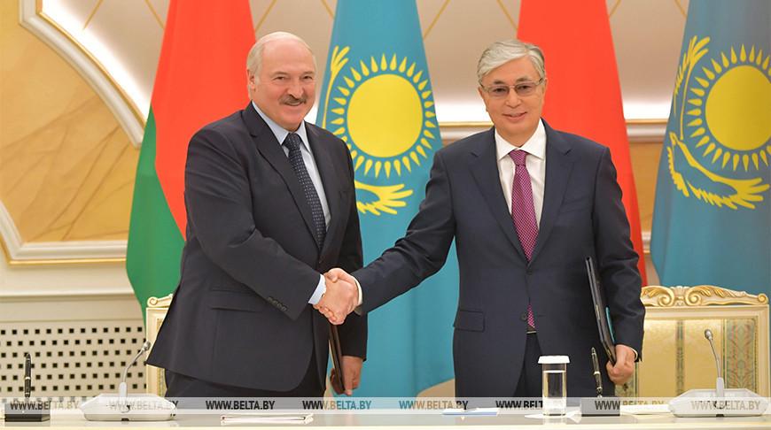 Беларусь и Казахстан подписали шесть соглашений после переговоров президентов