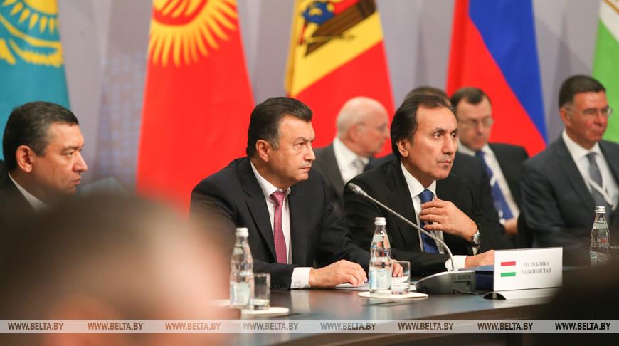 Заседание Совета глав правительств СНГ в расширенном составе прошло в Москве