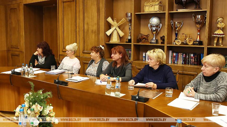 Кочанова встретилась с матерями осужденных по ст.328 Уголовного кодекса