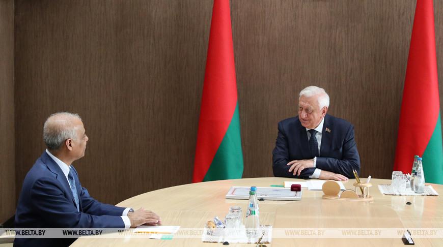 Мясникович встретился с послом Бангладеш