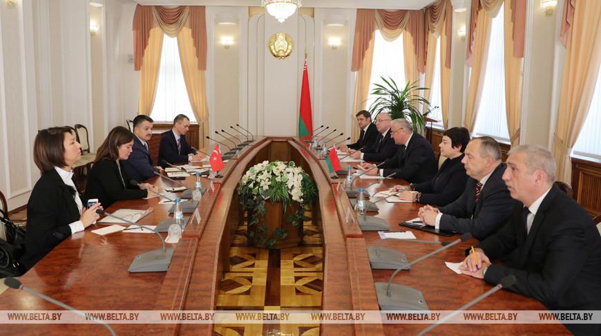 Владимир Дворник встретился с министром сельского и лесного хозяйства Турции
