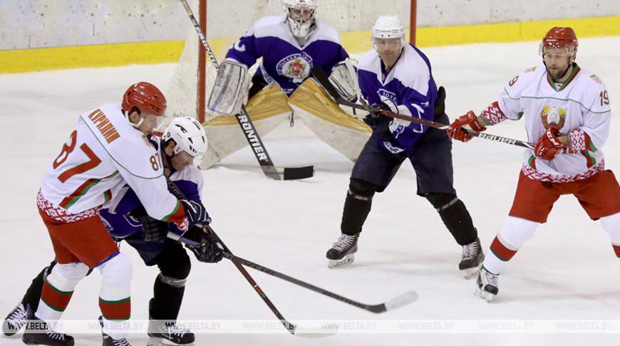 Команда Президента победила во втором туре XIII Республиканских соревнований по хоккею среди любителей