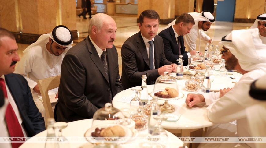 Лукашенко обсудил с наследным принцем Абу-Даби реализацию белорусско-эмиратских договоренностей