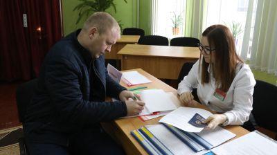 В Беларуси проходит досрочное голосование на парламентских выборах