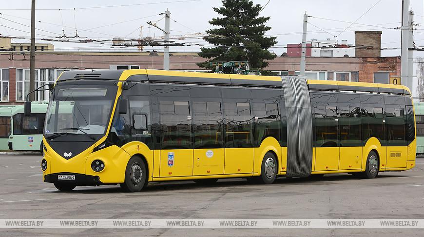 Сивак встретился с трудовым коллективом троллейбусного парка №3