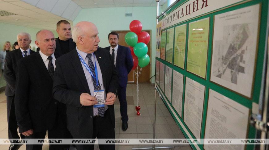Лебедев посетил избирательные участки в Фаниполе