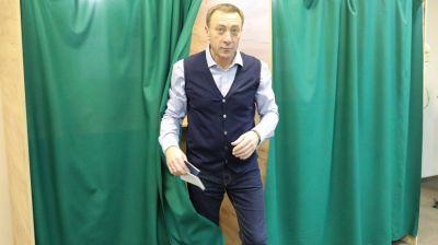 Снопков принял участие в голосовании