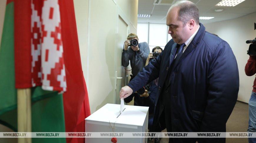 Ляшенко принял участие в голосовании