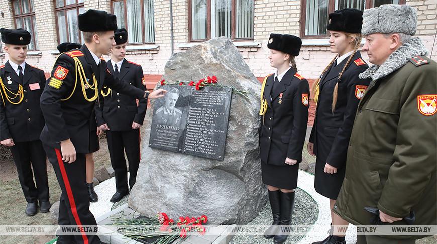 Вахты памяти проходят в школах Гомеля в честь 76-й годовщины освобождения от немецко-фашистских захватчиков