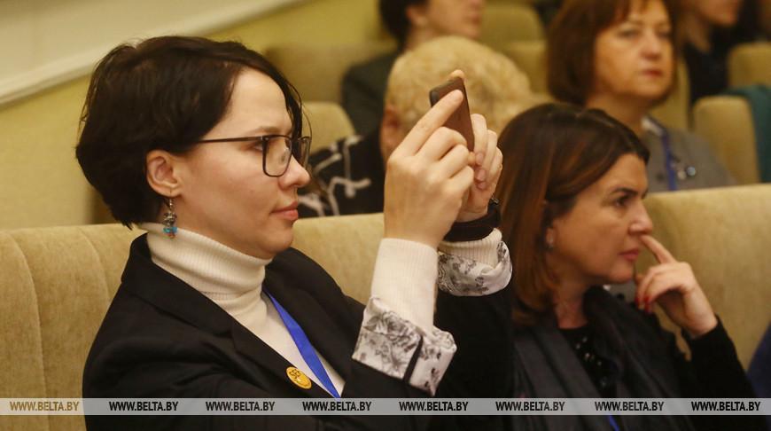 Международный форум женщин-лидеров проходит в Гродно