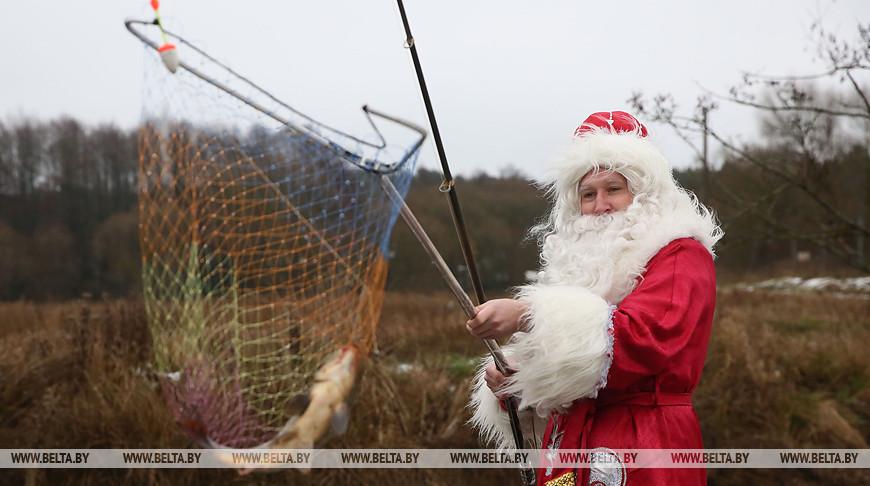 По Гродненской области путешествует безвизовый турист Дед Мороз