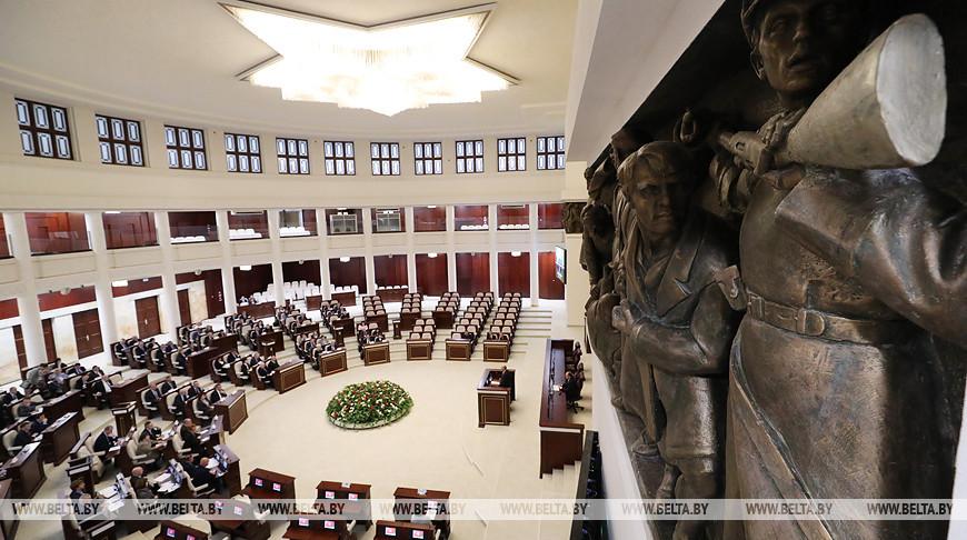 Избранные депутаты побывали в Овальном зале