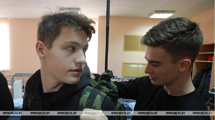 Могилевские старшеклассники сходили на один день в армию