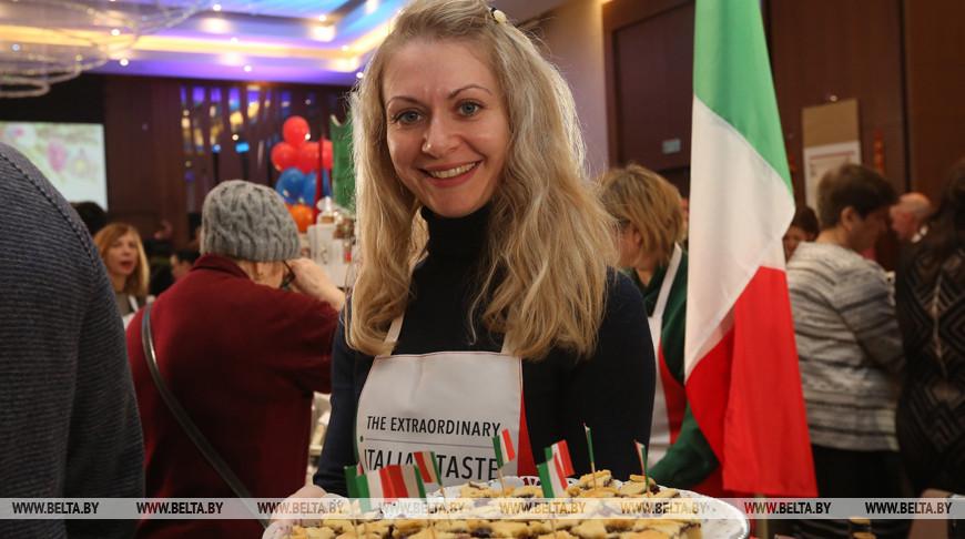 Минский международный клуб жен послов провел Рождественскую благотворительную ярмарку