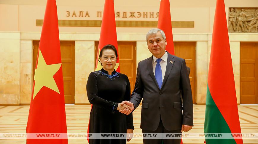 Андрейченко встретился с председателем Национального собрания Вьетнама Нгуен Тхи Ким Нган