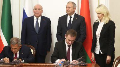 Ряд соглашений подписан по итогам переговоров Румаса и Минниханова