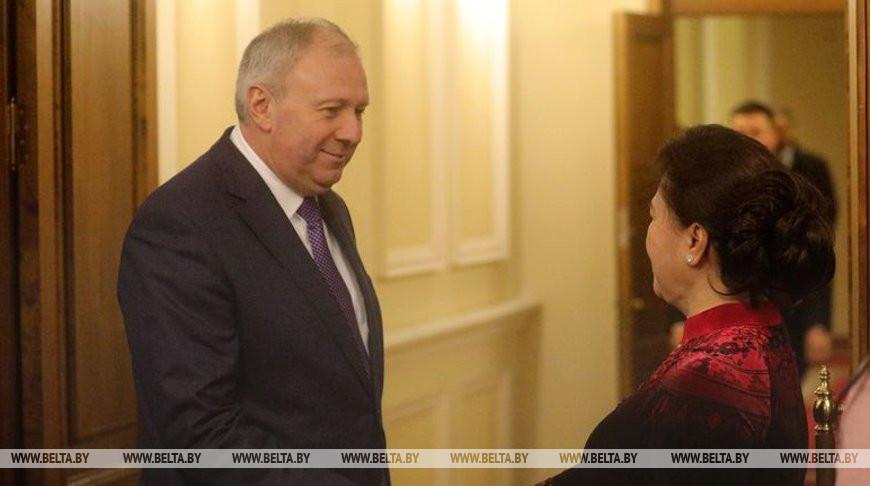 Румас встретился с председателем Национального собрания Вьетнама Нгуен Тхи Ким Нган