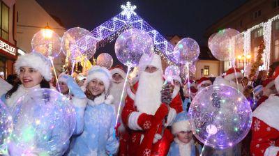 Традиционное шествие Дедов Морозов и других персонажей прошло Гродно