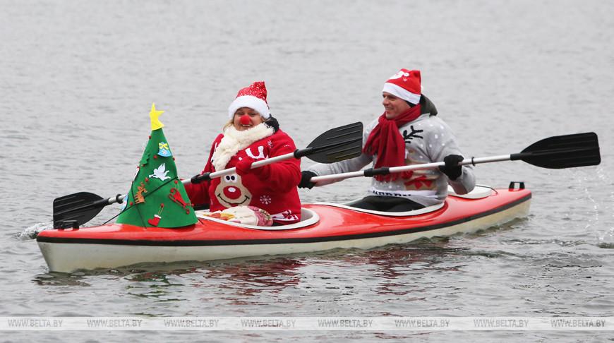 Забег Санта-Клаусов прошел в Минске