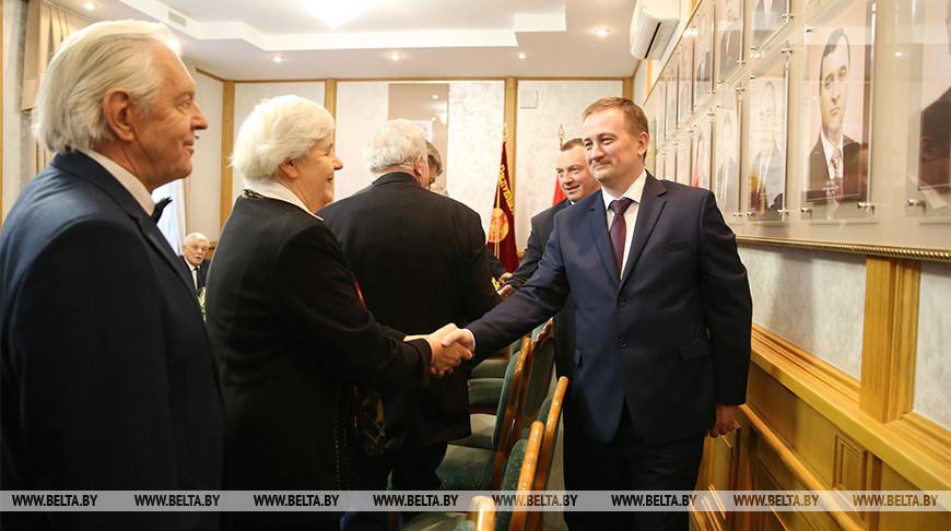Турчин встретился с заслуженными жителями Минской области