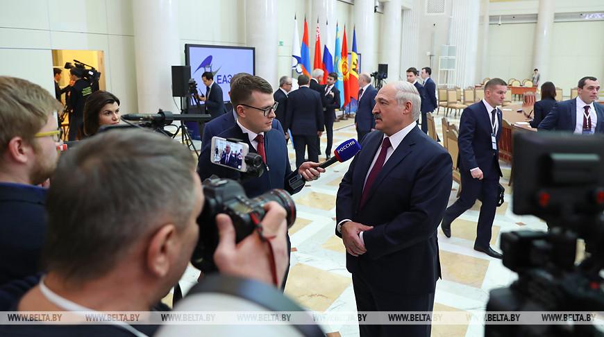 Лукашенко: Беларусь и Россия концептуально договорились по энергоносителям, цены определят в ближайшие дни