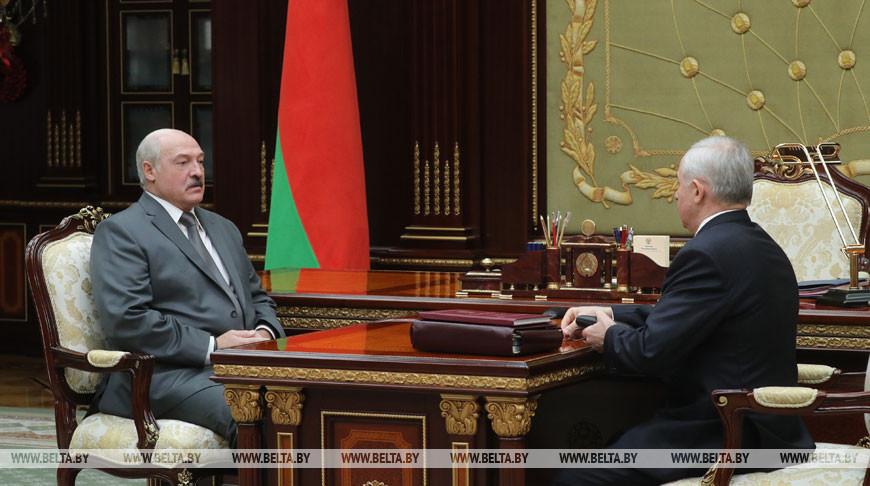 Лукашенко обсудил с Шейманом работу системы Управделами