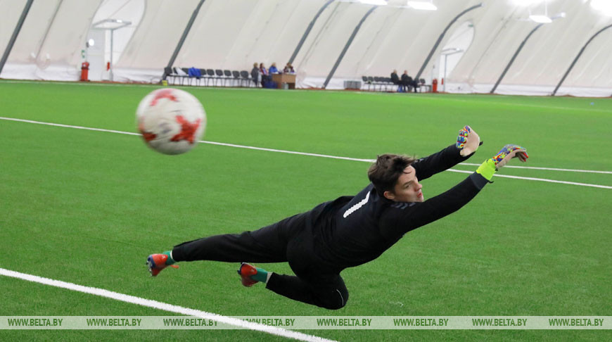 Футбольный манеж под воздушным куполом открыли в Могилеве