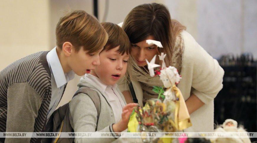 Победителей конкурса новогодней игрушки наградили в Большом театре
