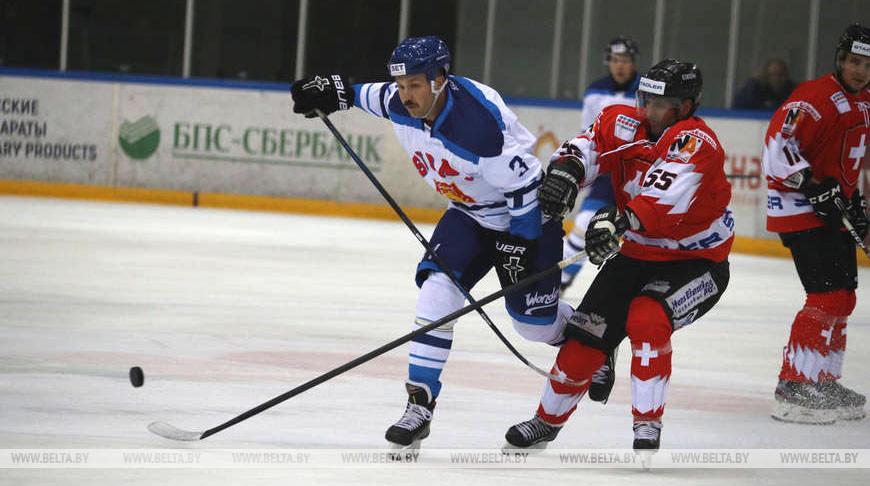 Хоккеисты из Финляндии вышли в полуфинал Рождественского турнира