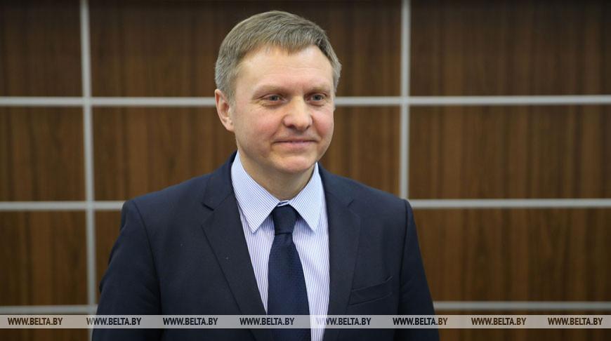 Румас представил нового министра экономики коллективу
