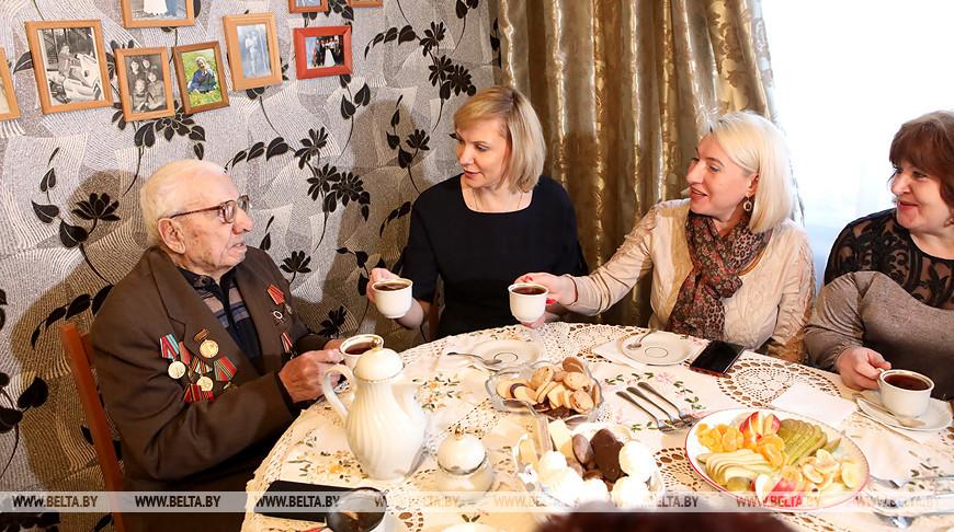 В Гомеле чествовали 100-летнего ветерана