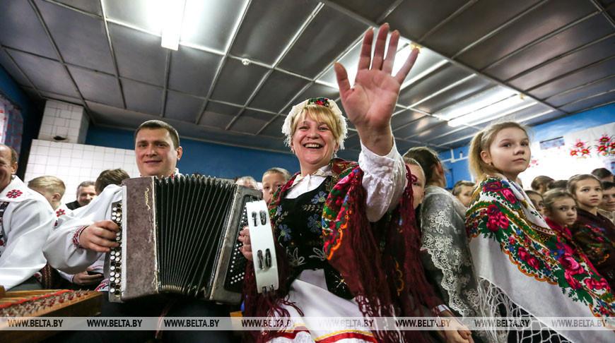 """Обряд """"Братская свеча"""" прошел в деревне Лука Столинского района"""