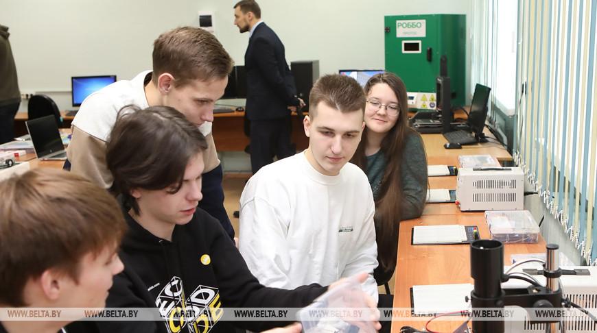 Лабораторию инженерно-технического творчества STEM-Hub открыли в Гомеле