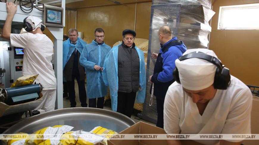 Лис посетил Ганцевичский хлебозавод