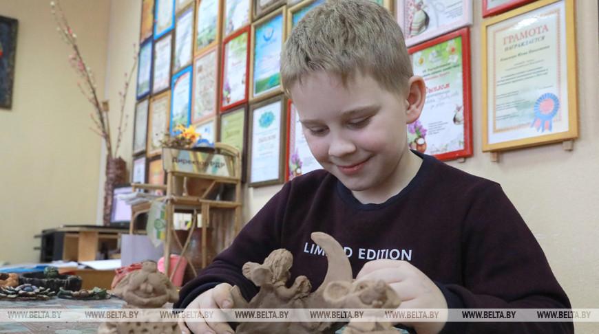 Более 60 человек занимаются в районном доме ремесел Кличева
