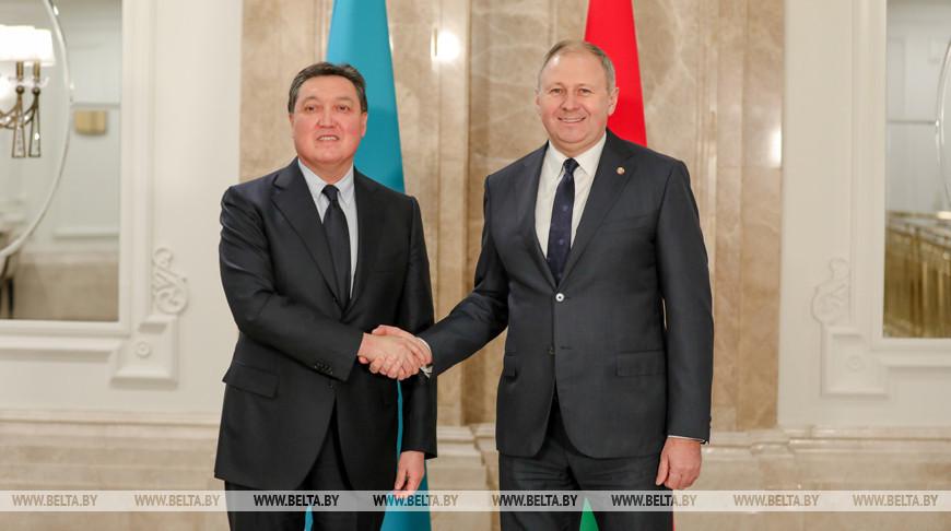 Румас встретился с премьер-министром Казахстана Аскаром Маминым