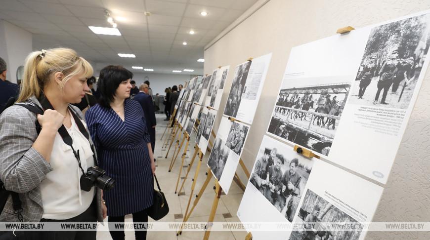 Уникальные кадры с войны: фотовыставка БЕЛТА открылась в Витебске