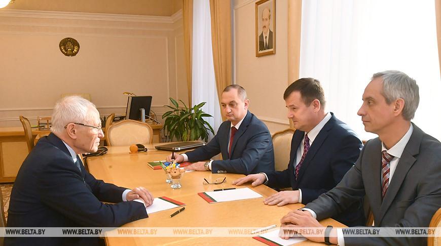 Равков встретился с государственным секретарем Союзного государства Григорием Рапотой
