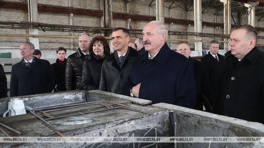 Лукашенко посетил Светлогорский завод железобетонных изделий и конструкций