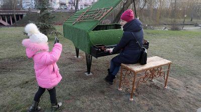 Зеленый рояль установили в Гродно