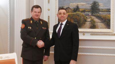 Равков провел переговоры с министром обороны Сербии Александром Вулиным