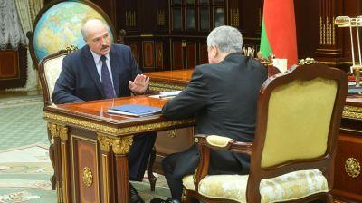 Лукашенко встретился с послом Беларуси в России Владимиром Семашко