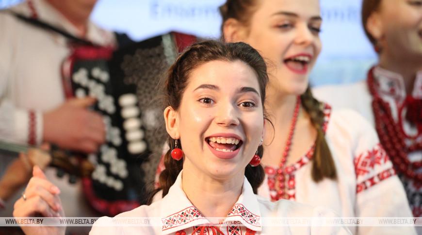 Мероприятие по случаю Международного дня родного языка прошло в Национальной библиотеке Беларуси