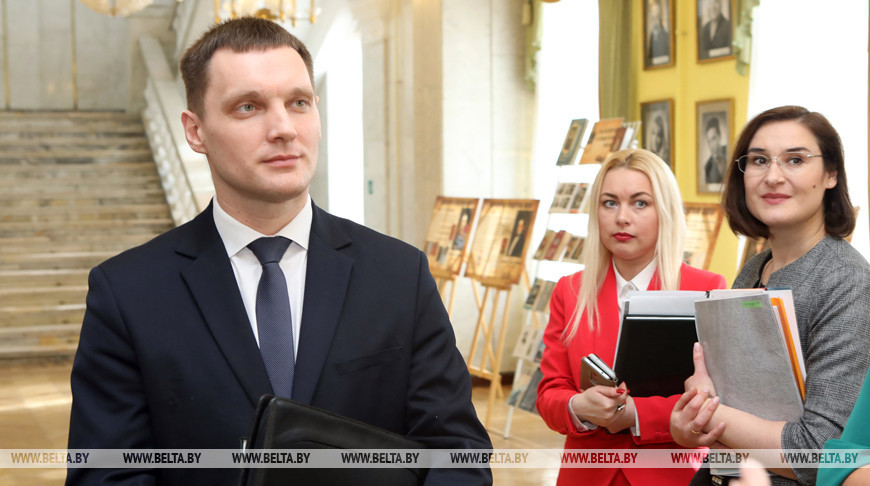 Фотовыставка БЕЛТА с уникальными кадрами военной хроники открылась в Гомеле