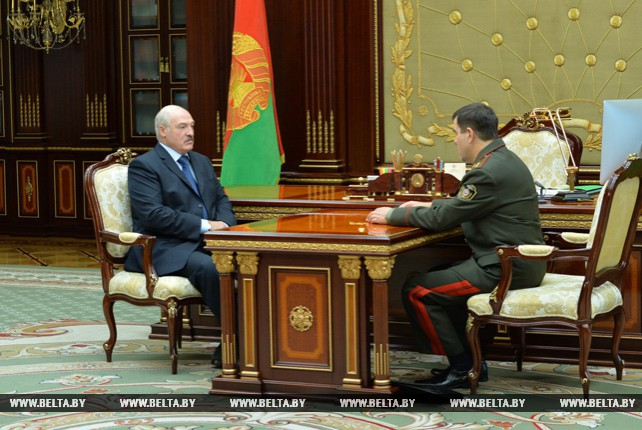 Лукашенко принял с докладом председателя КГБ