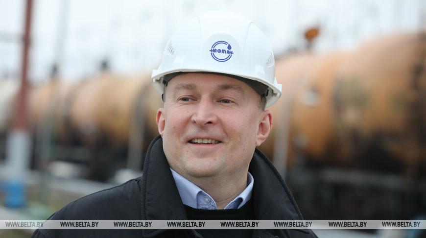 """Вторая партия танкерной нефти начала поступать на """"Нафтан"""""""